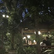 雰囲気のあるフィリピンレストラン