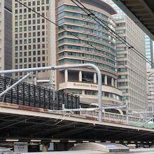 東京駅のすぐ真上