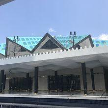 屋根が変わってます