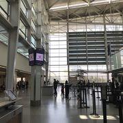 SFOのチェックインの TSA PREシステムとサクララウンジ♪