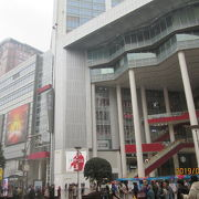 中国の入場料は年齢で無く、身長です。