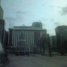 札幌駅前 元そごうデパート