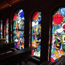 教会内部のステンドグラス