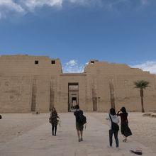 ラムセス3世葬祭殿