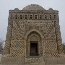 イスラーム建築の歴史ロマンを感じる