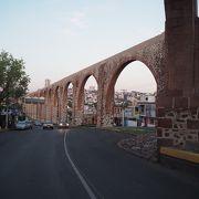 世界遺産都市ケレタロのシンボルというべき建造物
