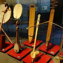 昔使われてた楽器が展示されてます