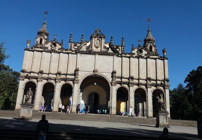 ホーリー トリニティ大聖堂
