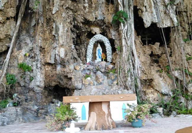 サンタ・マリアの祠