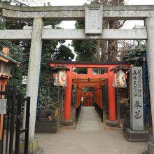 花園稲荷神社(裏参道)