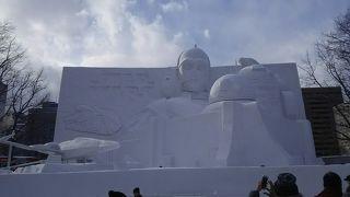 雪像がたくさん