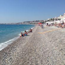 こちらは無料のビーチ