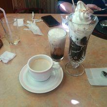 フライングガーデンのクリームカフェゼリーパフェ