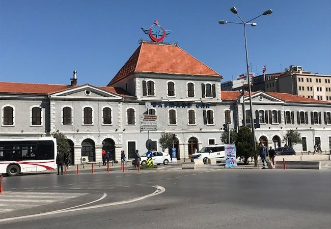 Basmane駅