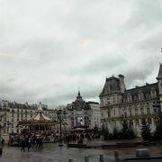 前の広場には行事が多い