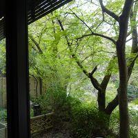 部屋の窓からの外の景色