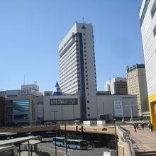 仙台駅西口からすぐです