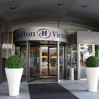 ウィーン・ミッテ駅前のホテル