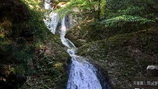 愛知県唯一の日本の滝100選の1つ