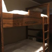 2段ベッドなので部屋が広く使えます。