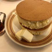 昭和の喫茶室的な雰囲気☆名物のホットケーキは是非!