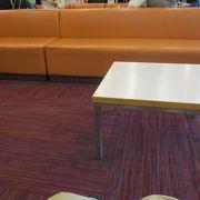 1階席は前の人と重ならないように座席が配置されていたので見やすかったです
