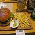 久々に美味しいハンバーガーを食べました。