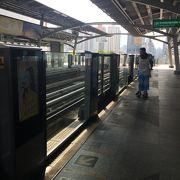 駐在日本人、観光客多い