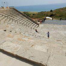 古代ローマらしい円形劇場