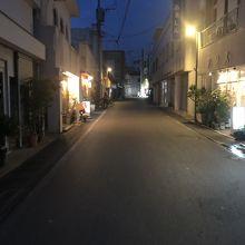 静かな繁華街