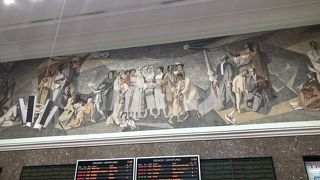 東欧の雰囲気がある駅です