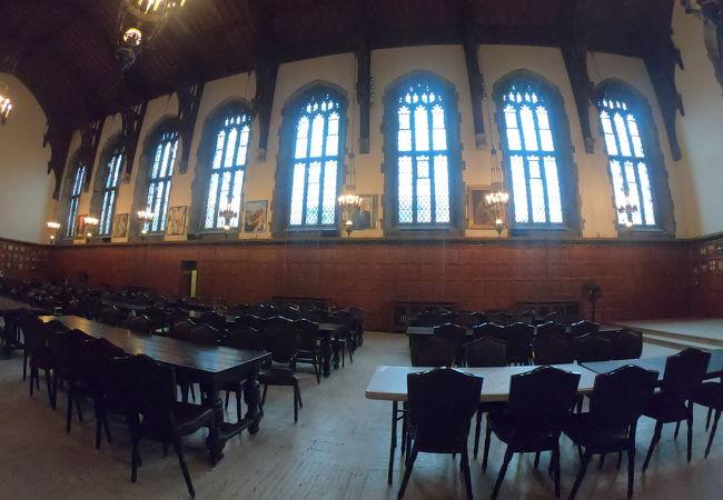 トロント大学