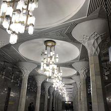 ムスタキリク・マイダニ駅