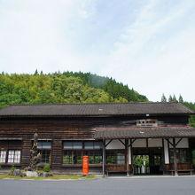 登録文化財の肥薩線大隅横川駅へ