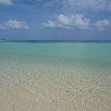 海の色がキレイです
