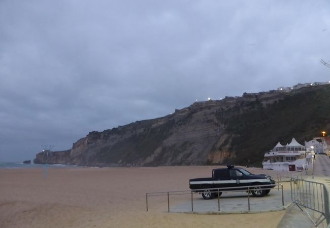 12月はとても静かなビーチです