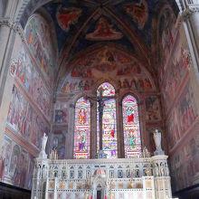 トルナブオーニ礼拝堂
