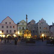 ホテルがこの広場に面していました