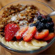 アサイーボウル&ベーグルで朝食を@ダブルツリーbyヒルトン