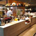 写真:グリルブッフェ&レストラン・バー オードリー