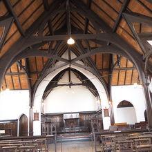 2階、礼拝堂