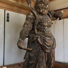 山門の吽形 仁王像