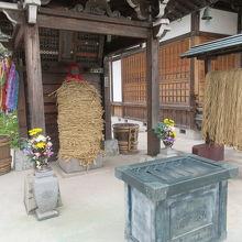 南蔵院(しばられ地蔵)