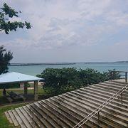 中心部からも近いビーチ