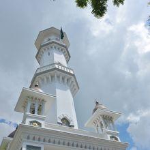 カピタン クリン モスク の尖塔