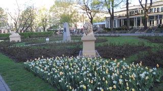 新市街にある大きくてのどかな庭園☆