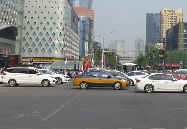 石家庄の市内では簡単に流しのタクシーがつかまります。