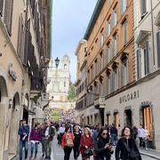 ローマを代表するブランドショップ街