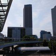 岐阜駅前の高層複合ビル
