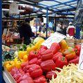12世紀から続く歴史ある市場
